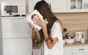 Những vật dụng không nên bỏ trên nóc tủ lạnh kẻo tiền bạc thất thoát